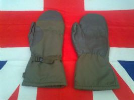 EX ARMY MILITARY GERMAN PLAIN GORTEX LINED EXTREME COLD MITTENS